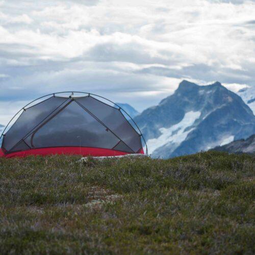 camping-tignes-(73320)-tente-montagne-vacances